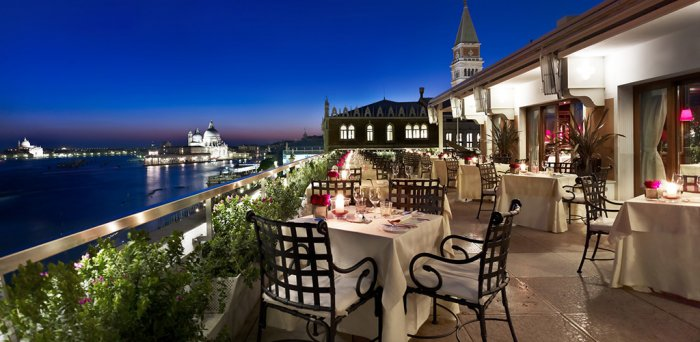 Romantic dinner in Venice